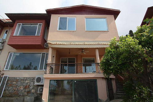 Villa with Garden and Seaview in Bektas, Alanya