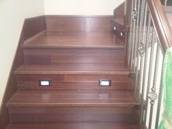 Standard staircase w/ Dual LED