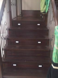 Std staircase w/ LED lighting