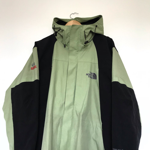 Deadstock Vintage & New The North Face | Case