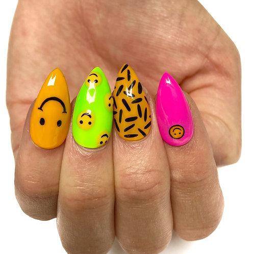 Press on nails - Set Design (Happy-go-acid)