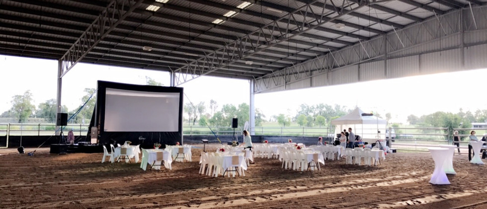7m outback screen