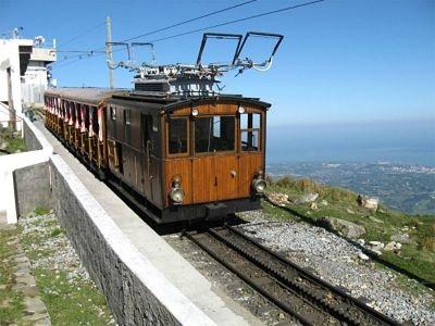 train de la rhune 907m
