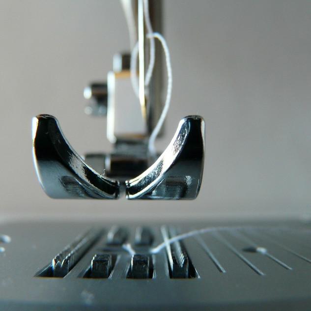sewing-machine-315382_1280.jpg