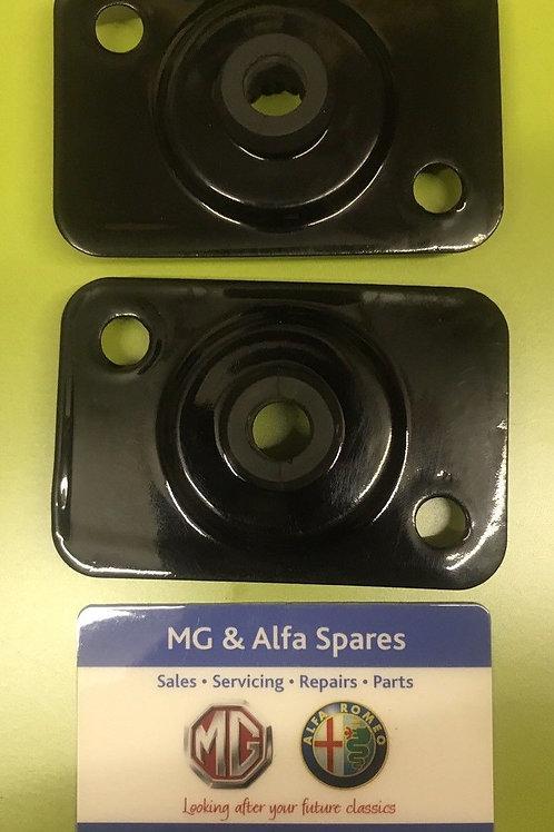 MGF / MG TF / LE500 PAIR OF POWDER COATED RAD / RADIATOR MOUNTS / MOUNTINGS