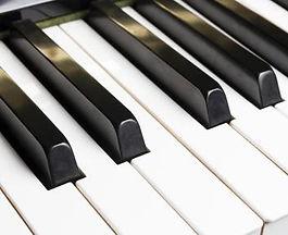 1330-655-piano.jpg