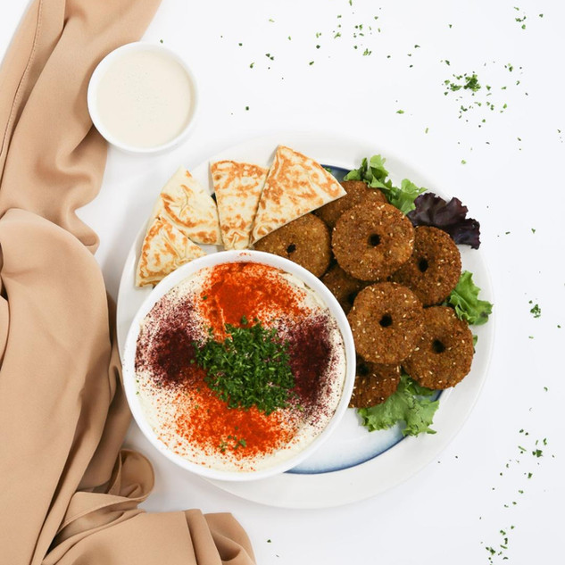 Hummus with Falafel