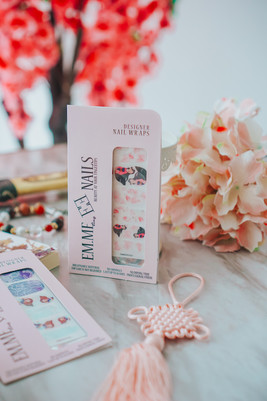 EMMEzing NAILS The Flower That Blooms Nail Wraps