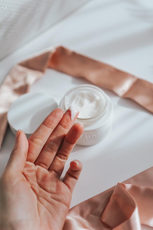 Dr. Barbara Sturm Super Anti-Aging Face Cream Review
