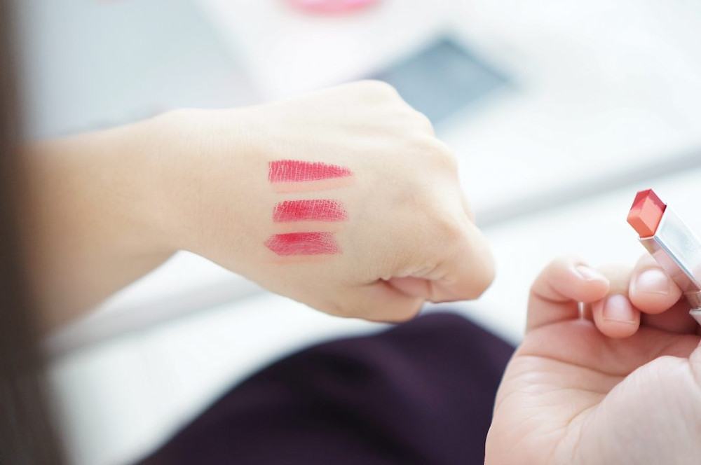 Laneige-Two-Tone-Lip-Bar-swatch
