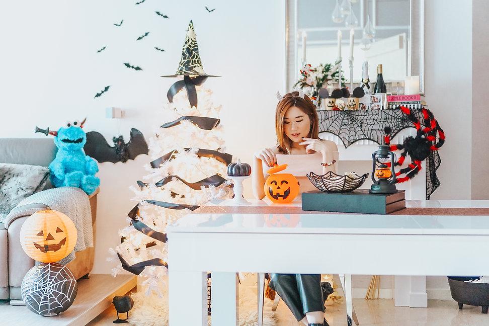 Halloween Home Decor 2020 5.jpg