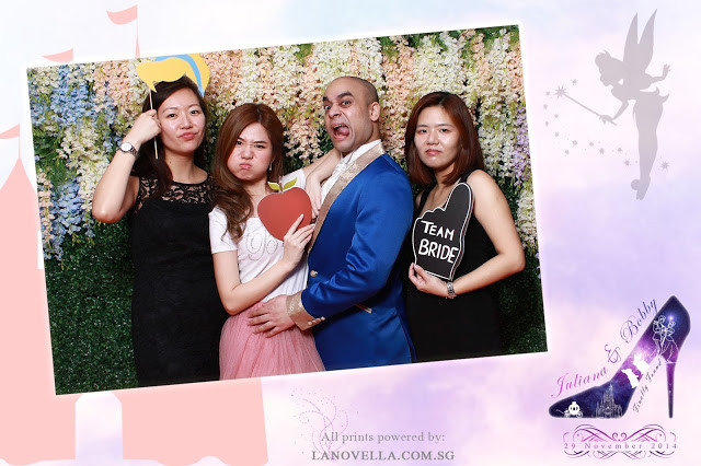 La Novella Disney Wedding Photo Booth