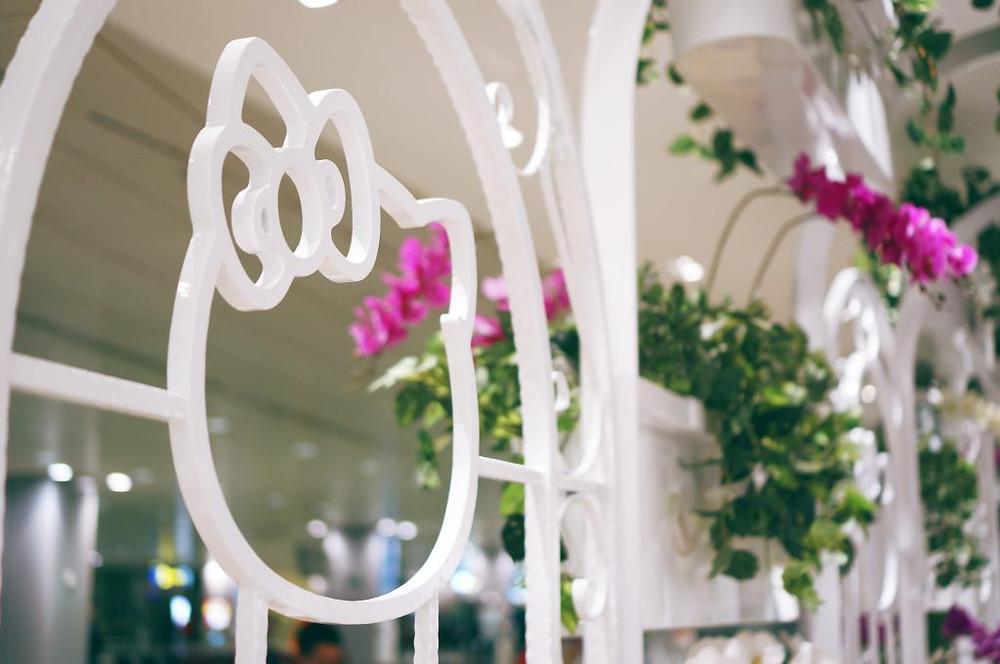 Hello Kitty Orchid Garden 10