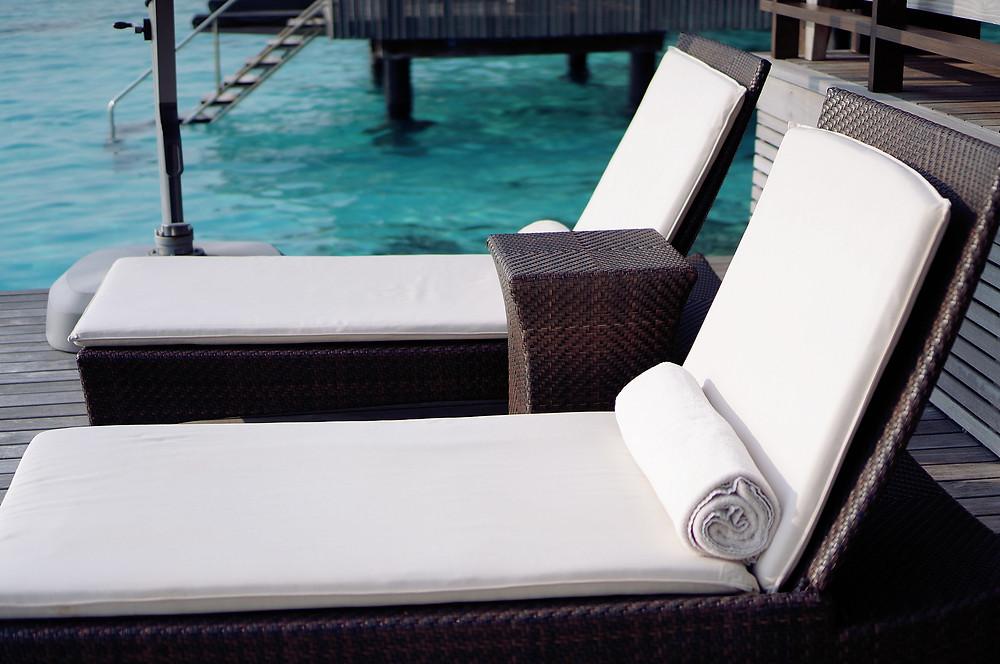 SHANGRI-LA'S VILLINGILI RESORT AND SPA MALDIVES Deck