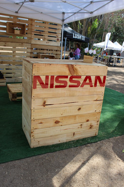 COUNTER NISSAN
