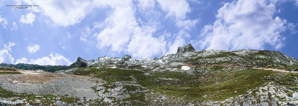 Panoramica-Picos-Europa.jpg