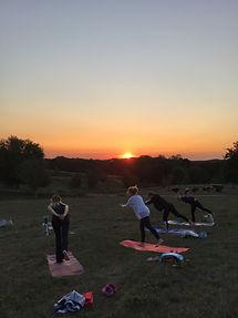 –Yoga draußen