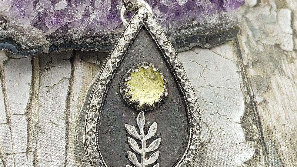 Lemon quartz floral pendant