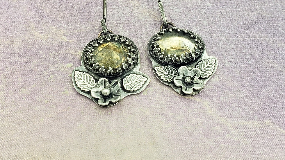 Faceted citrine floral earrings