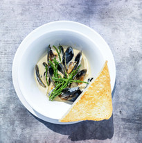 Blue Mussels with Wheat Beer