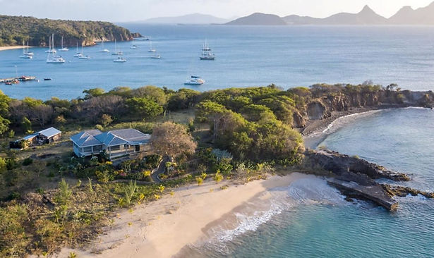 luxury-beachfront-home-for-sale-mayreau-