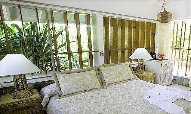Young-Island-Luxury-suite (3)