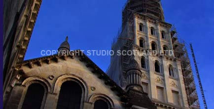Screengrab: Saint-Astier Limes showing top of old church