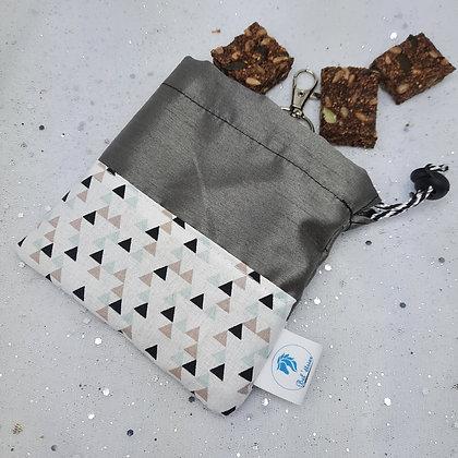 Pochette à friandises gris triangles