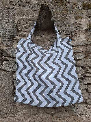Sac à tapis zig zag gris et blanc
