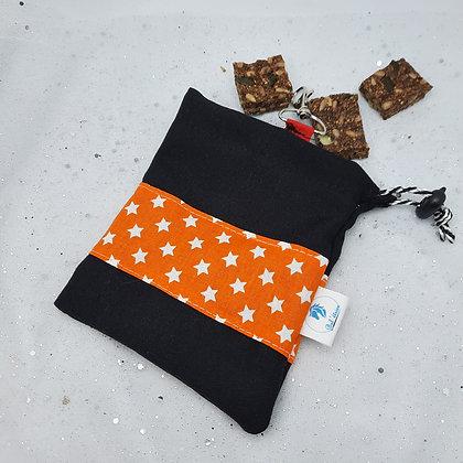 Pochette à friandises orange étoiles
