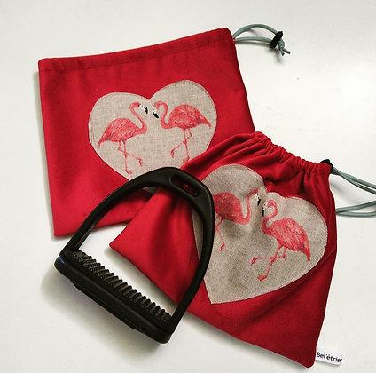 Pochettes d'étriers coeur flamant
