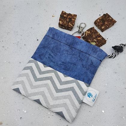 Pochette à friandises bleu gris zig zag