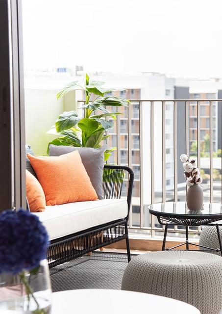 homephilosophy_treasurecrest_balcony_wat