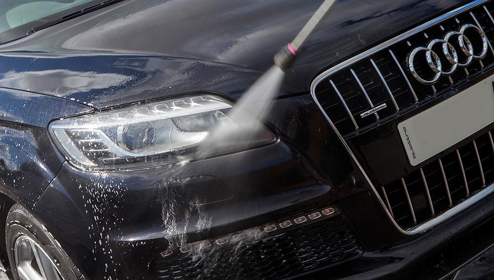 pressure washing, cleaning my car, valeting, professional valeting, car cleaning, professional car cleaning, premium car washing