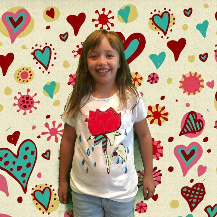 """Facebook - Camiseta diseñada y realizada por  IRIA en nuestro taller de """"Diseño"""