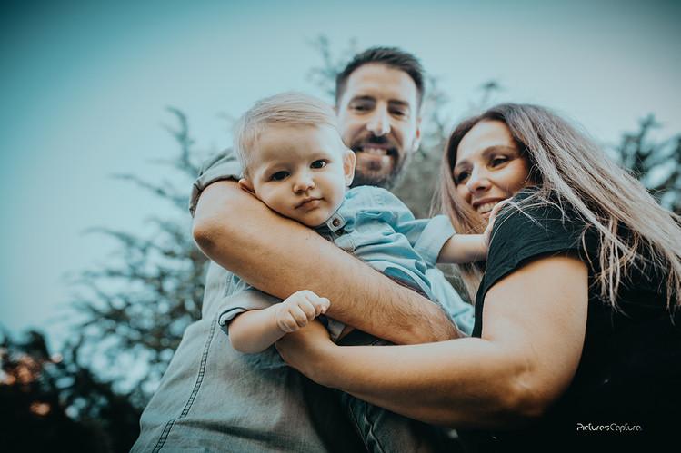 Héctor y familia