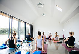 Yoga-weekend-retreat-Berkshire