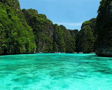 Las aguas turquesas de las Islas Phi Phi no pasan desapercibidas