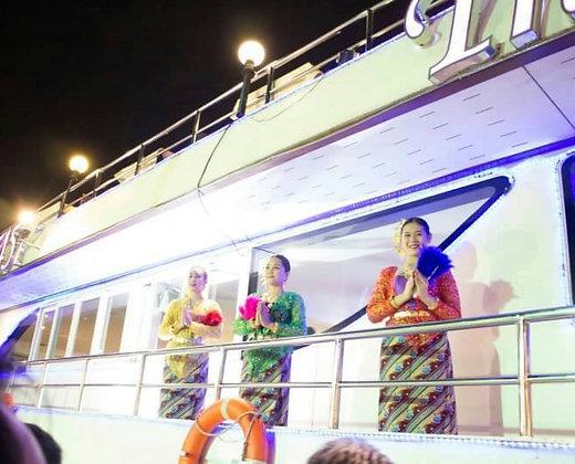 Nuestro servicio a su disposición en el crucero romántico