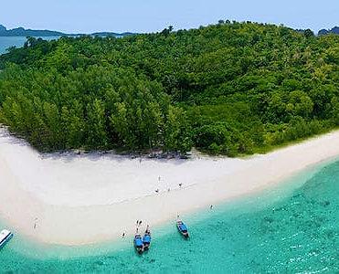 La isla remota alejada de la Isla Phi Phi