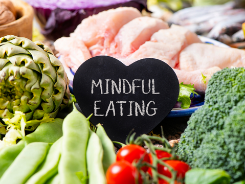 7 Mindful Eating Tips