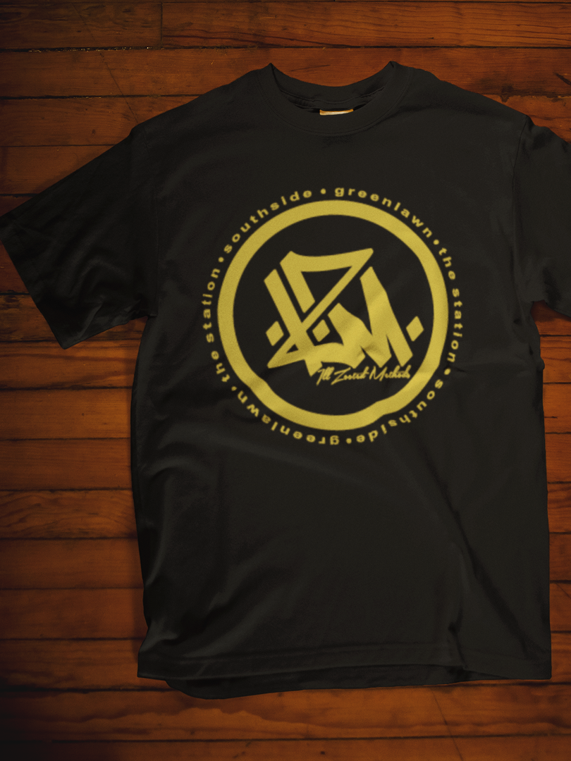 mockup-template-of-a-t-shirt-lying-over-