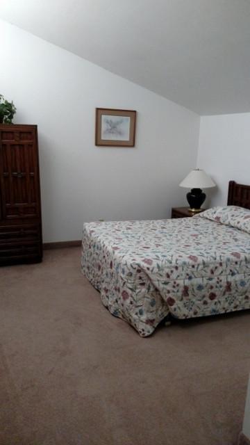 510 3rd bedroom (360x640).jpg