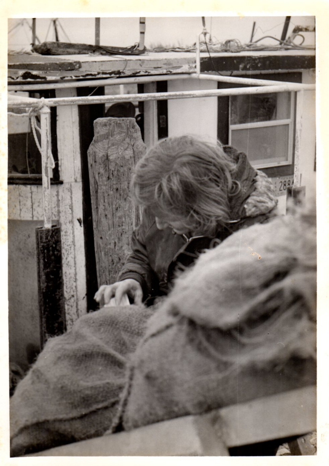 Jeri checking sacks of oysters 1976