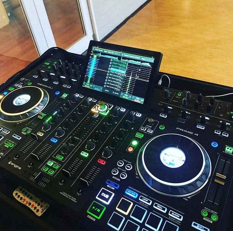 Cheap Birthday Party DJ Melbourne