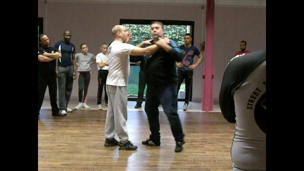 street self defense  merci aux élèves qui ont fait cette petite vidéo que de souvenirs avec Claude Da Fonseca