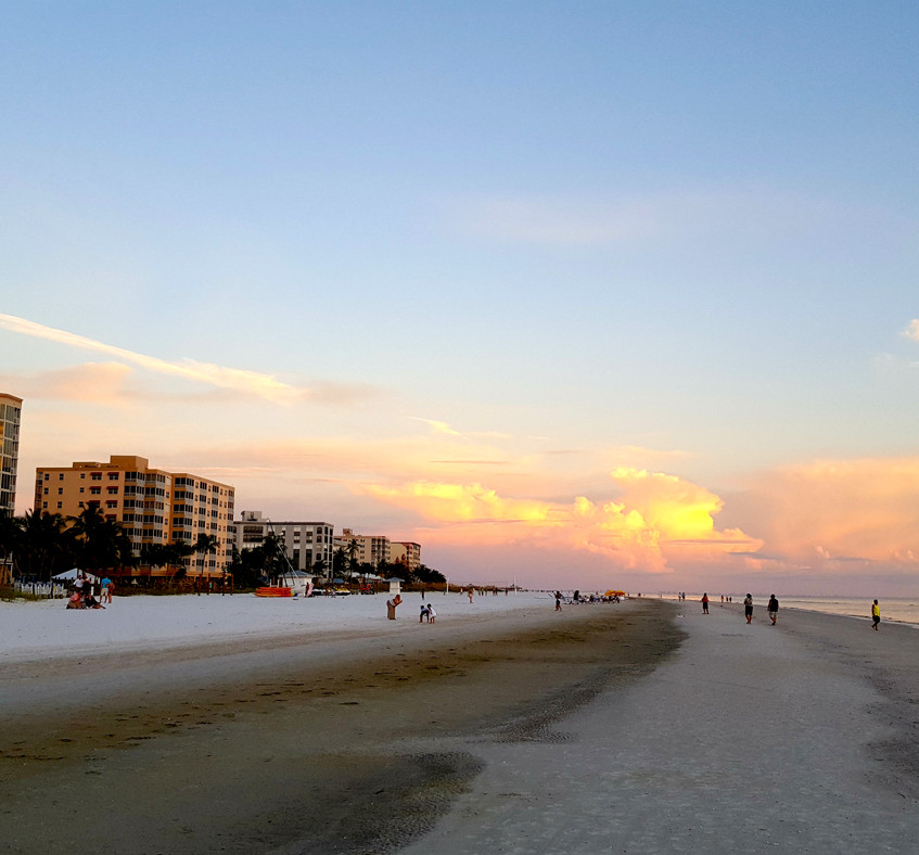 Island Hopper - Pink Shell Resort Beach at daybreak