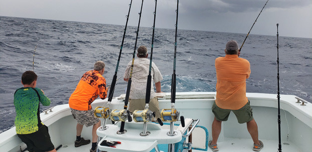 Fearless Crew Fights Fish & Big Swells  During Outer Banks Offshore Outing
