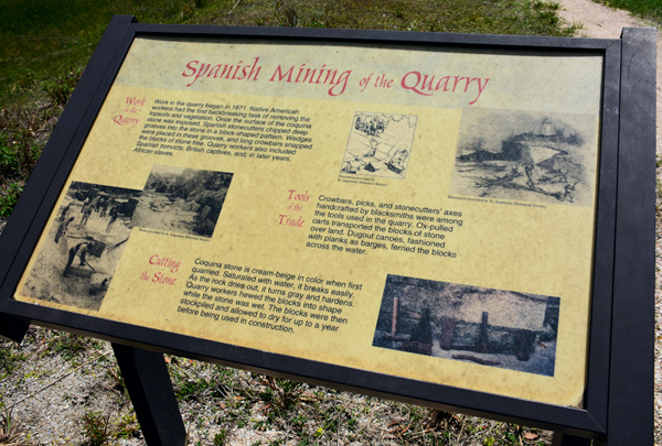 sign-Spanish Quarries -outdoors rambler