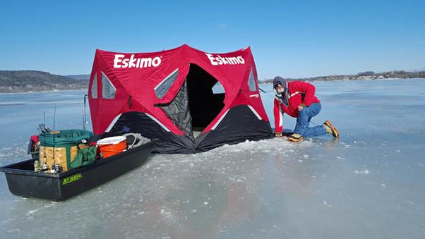 Setting up ice shelter